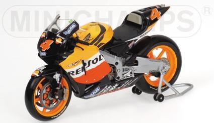 Honda RC211V a.Barros Motogp 2004 Minichamps 122041004 Minichamps