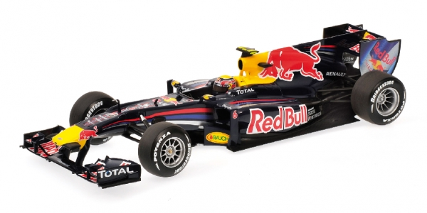 rouge BULL RB6 MARK WEBBER 2010 Minichamps 110100006