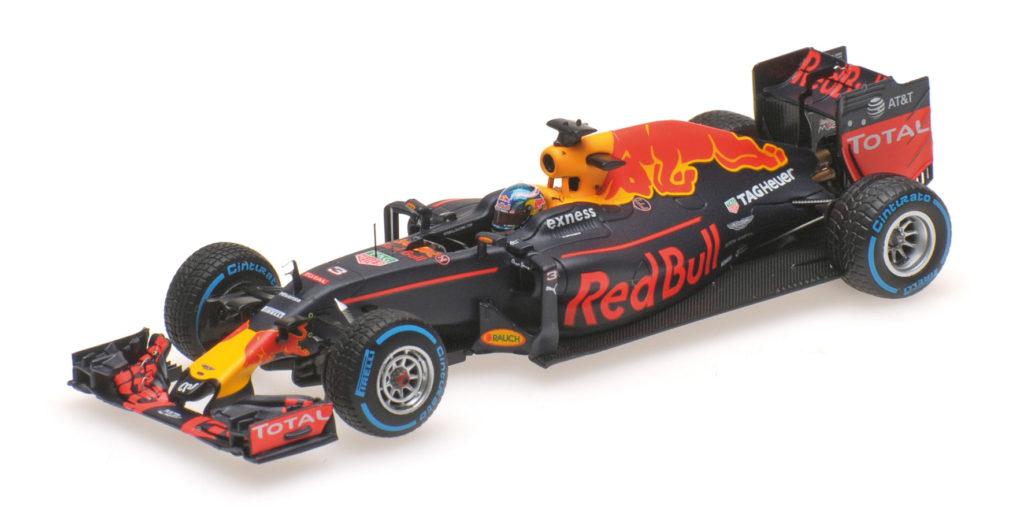 417 161203 RED BULL TAG HEUER RB12 DANIEL RICCIARDO BRAZILIAN GP 2016 MINICHAMPS