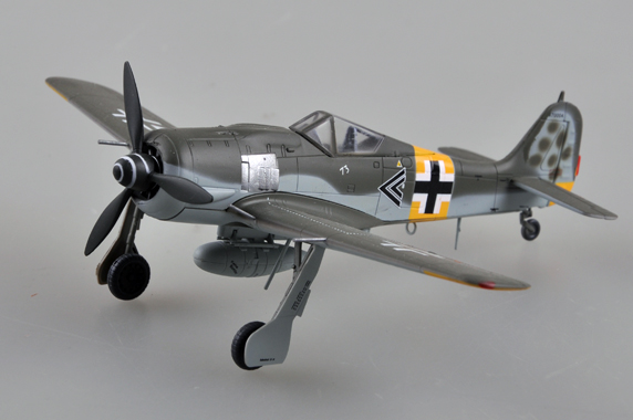 TR 36404 FW190A-6 HANUPTMANN WALTER NOWOTNY 1943 EASY MODEL
