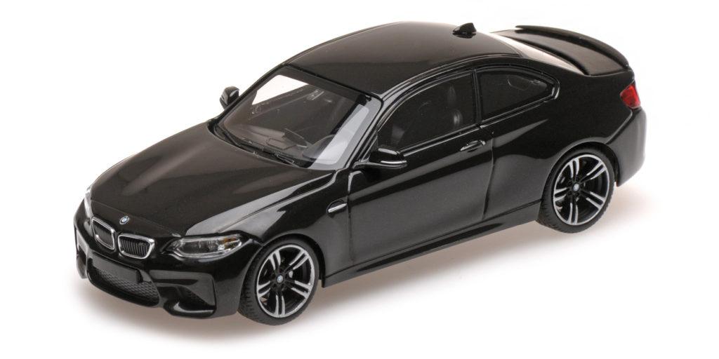 410 026101 BMW M2 2016 BLACK METALLIC MINICHAMPS
