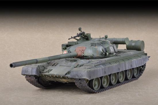TR 07144 RUSSIAN T-80B MBT TRUMPETER