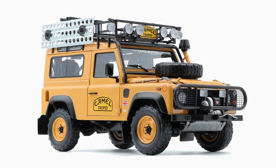 Land Rover Defender 90 Trophée Camel Presque Réal Alm 810211